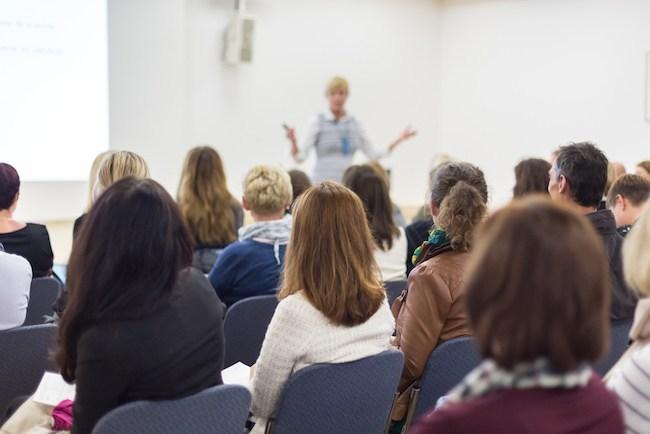 نحوه ارائه درس سمینار - نحوه ارائه درس سمینار ارشد در رابطه با سامانه های آموزشی دانشگاه